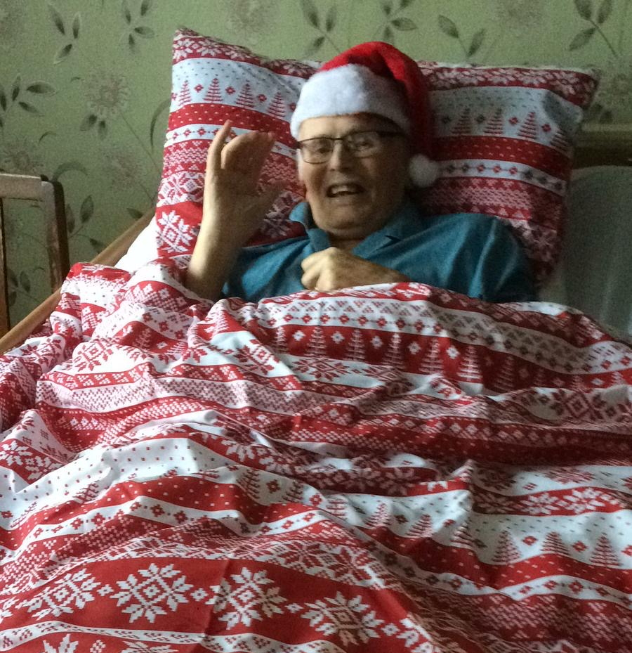 Gifts for Elderly Parents - Best present ideas for the senior relatives. If you have a bedridden or nursing home resident to buy for then these great ideas will help you find the perfect gift.